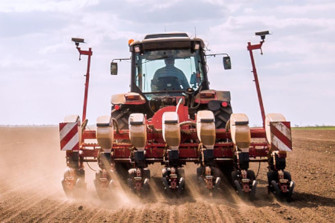 Environmentally friendly and field-proven drives for agricultural machines